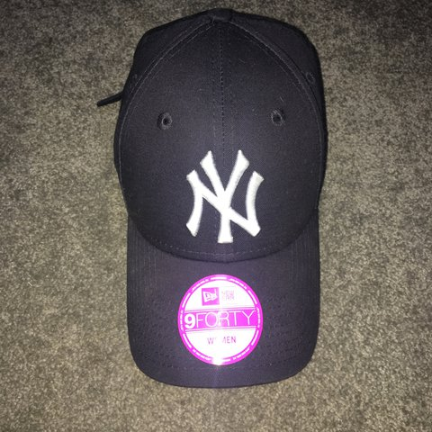 304b58f8 @breeze03. last year. Potters Bar, United Kingdom. New era New York yankees  cap in navy. This one is women's but ...
