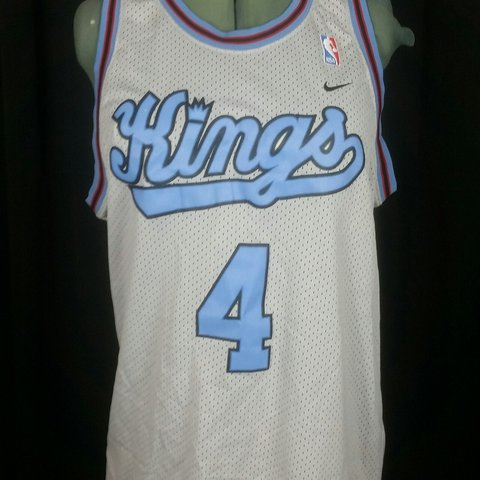 8d35850920a Nike Sacramento Kings Chris Webber Jersey NBA Size large all - Depop