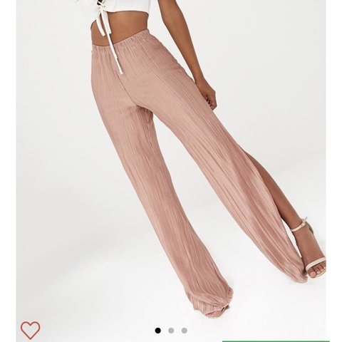 162ad46a6d wide leg trousers with a split from the petite section and - Depop