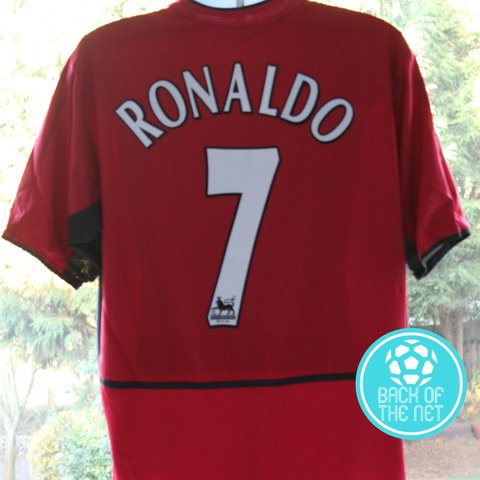 f36fb1ec5 Manchester United shirt from the 2003-04 season with  7 on L - Depop