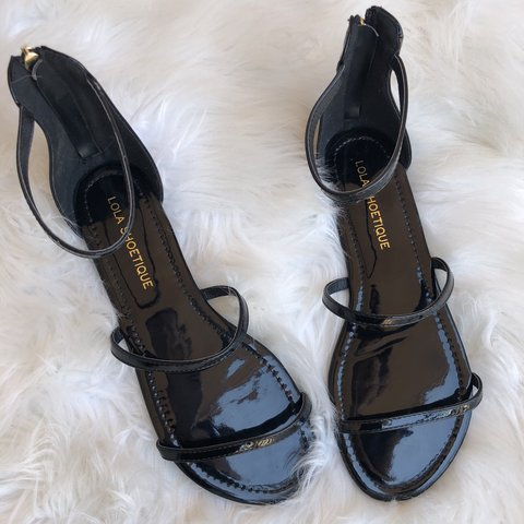 200dbb20c2f Sandals from Lola Shoetique ✨ These were actually bought - Depop
