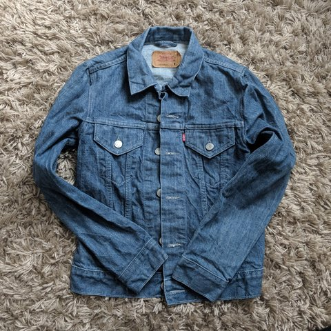 0d083cd39e Official Levi s denim jacket. Size S No longer wanted