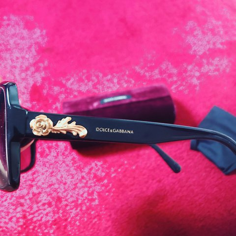 a10d121d0736 @trisan_d. 2 years ago. London, United Kingdom. Dolce & Gabbana sunglasses  limited edition gold flower