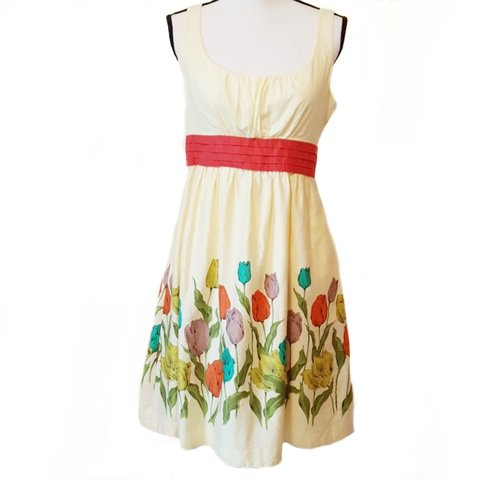35508e709b44 Anthropologie Maeve Wye Valley dress Well-tended tulip on a - Depop