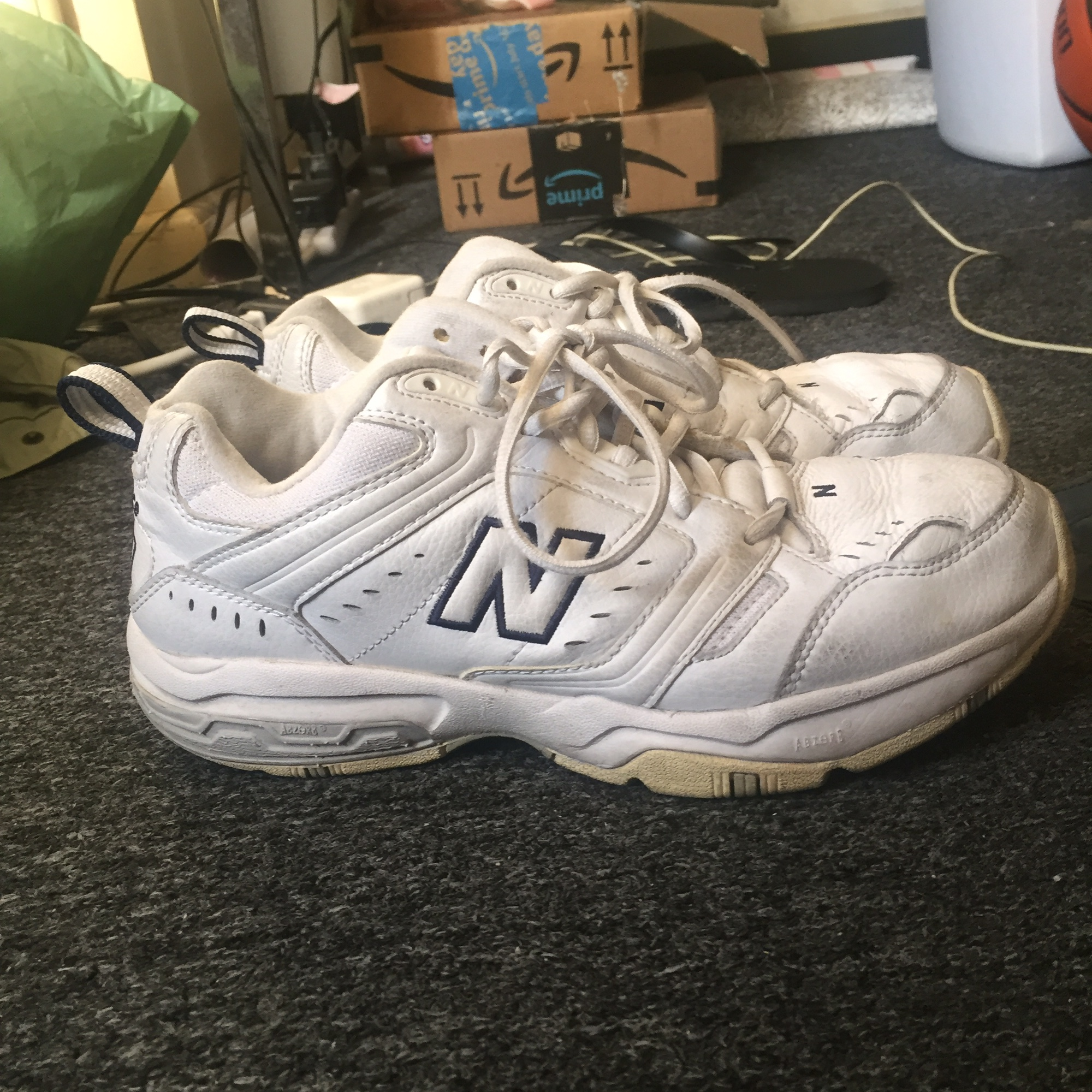 f8c0d6cbb56a Old new balance white but had dirt marks. Vintage?... - Depop