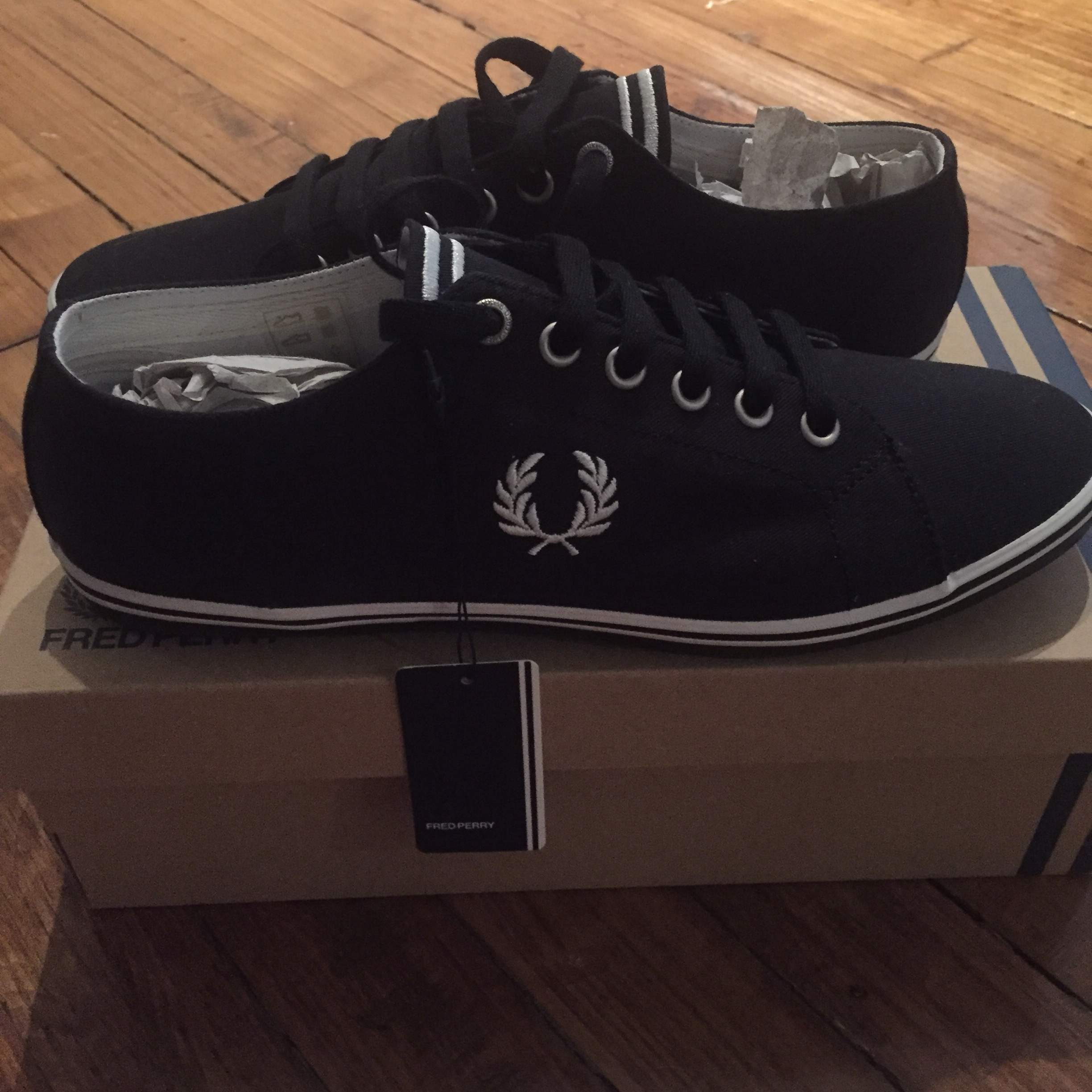 Fred Perry Kingston Twill black and