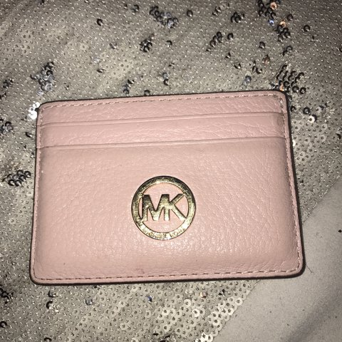 58eca792033f0a @trishy_kp. 2 years ago. London, UK. Used baby pink 100% Genuine Michael  Kors card holder. Still in great condition and not ...