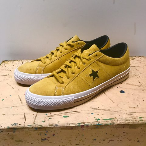 db5f1f5eff54 Converse Cons One Star Pro Ox in Yellow Bird Black White the - Depop