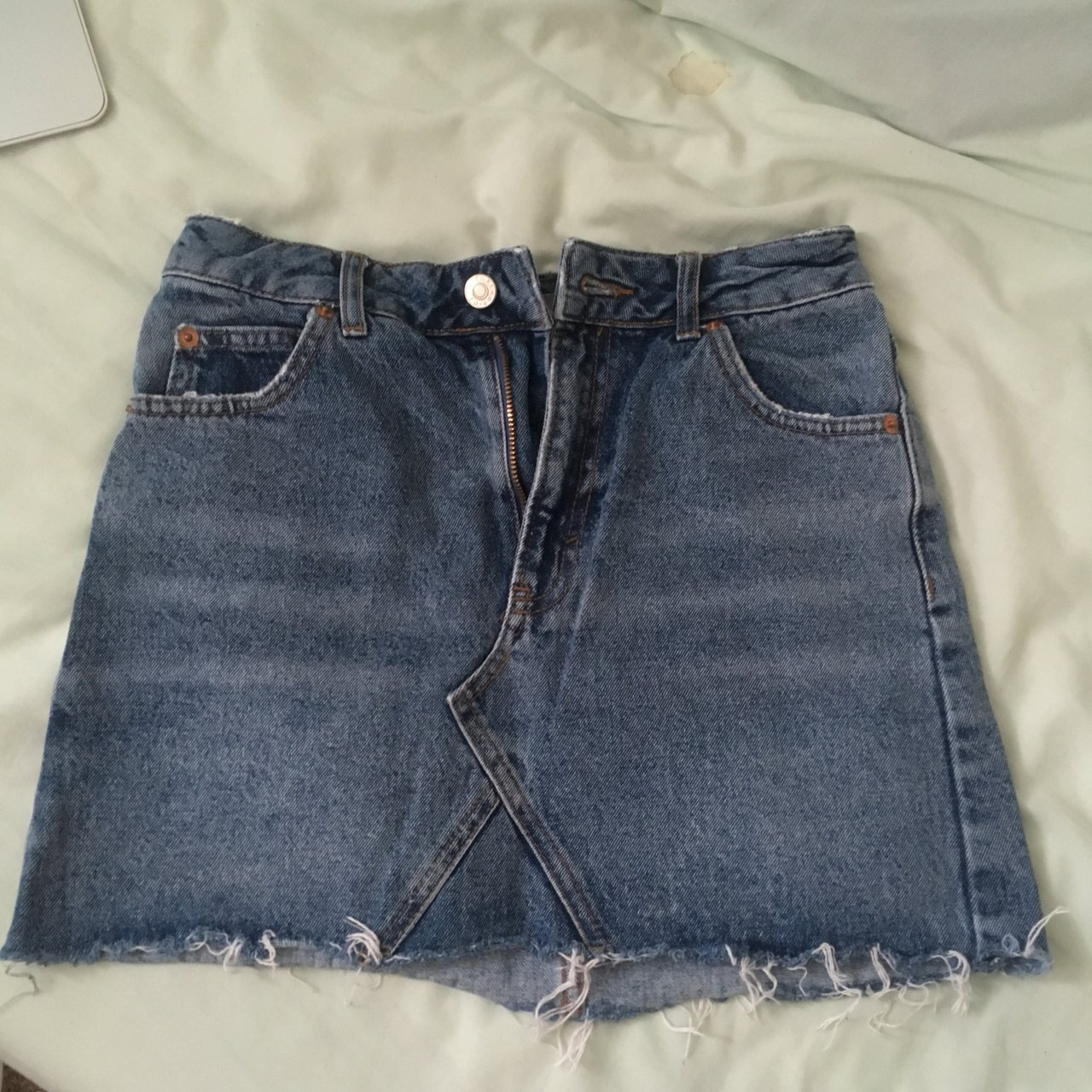 0d68c5f0 Topshop denim skirt size 6 Good
