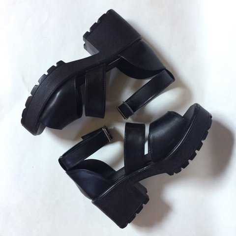 b7254dd5dda Adorable Asos platforms with nice thin square buckle on the - Depop