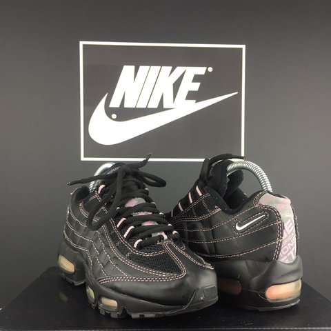 5be6887b526d Fresh Vintage Nike Air Max 95 Pink   Black fit 4 U.K. In - Depop