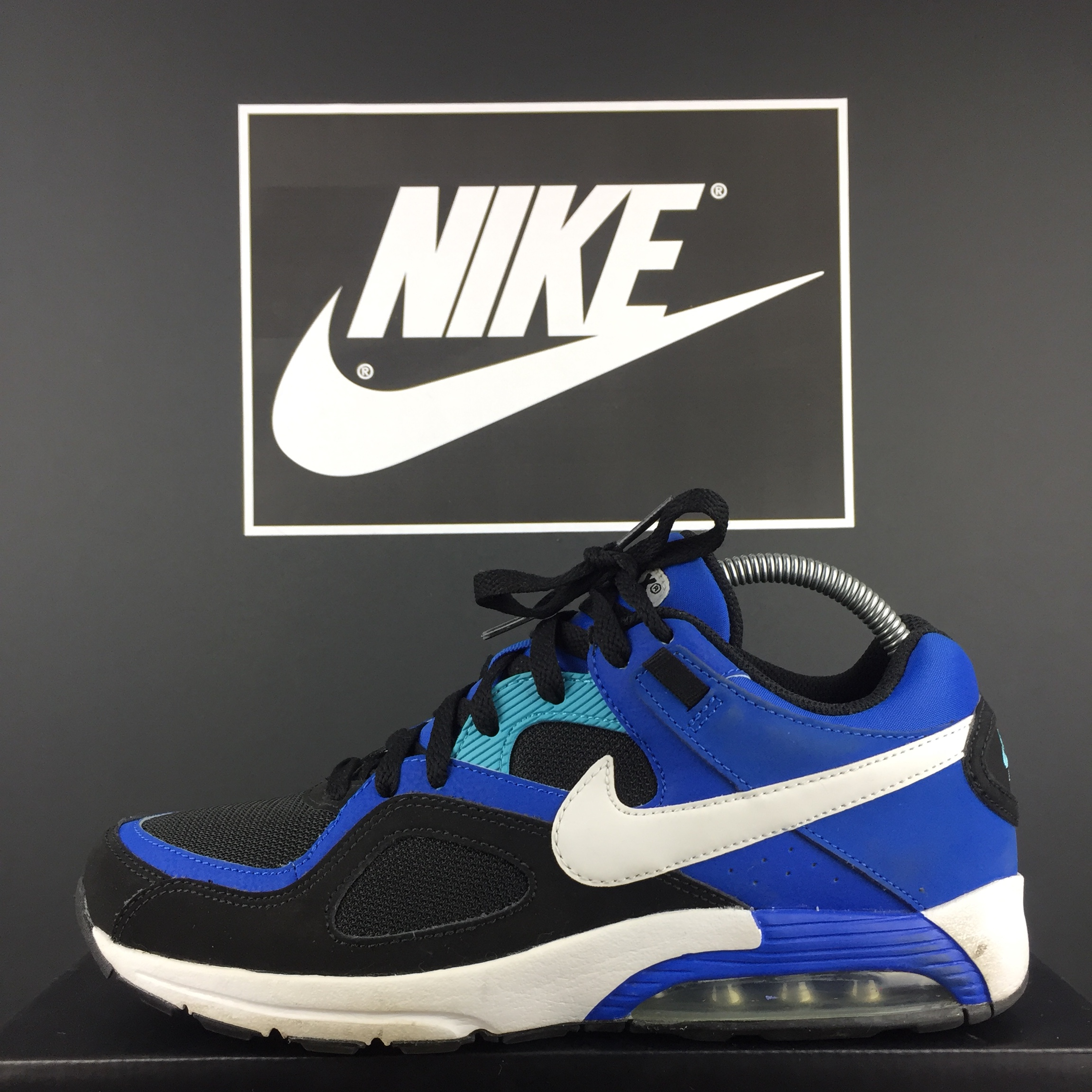 Todo el tiempo Volar cometa Indirecto  асимилация нередовен заемодател nike air max go strong -  kristysellarspoleartist.com