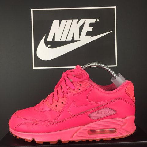 cfbf6e6e0399 Nike Air Max 90 ID In really good nic Size 7 fit 6.5 pink - Depop