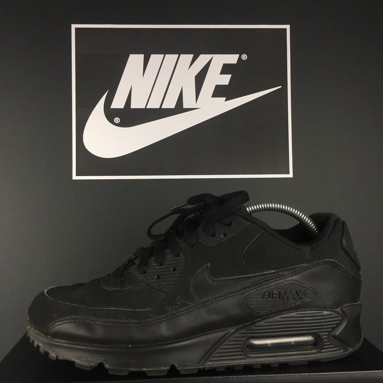 factory price b4643 bbaff ogarms. 10 months ago. Lewes, United Kingdom. Nike Air Max 90 Essential  Size 7 fit 7.5 U.K.