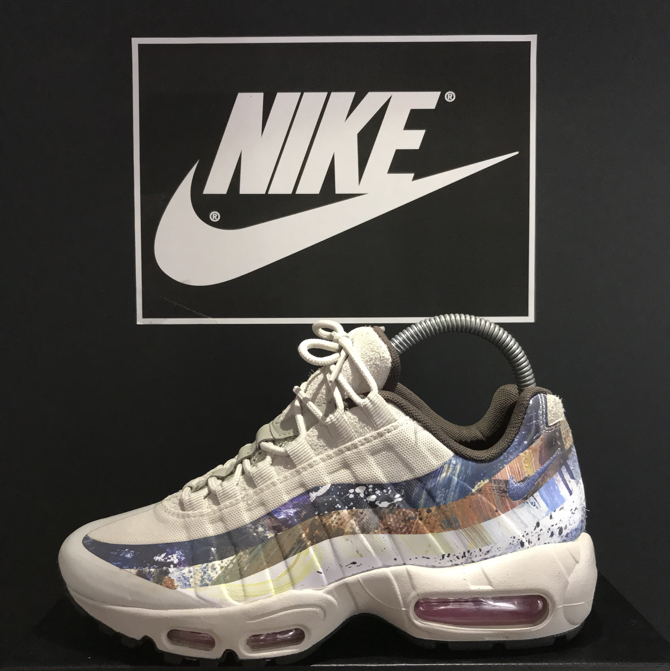 san francisco 4296e f4fc0 Nike Air Max 95 x Dave White 'Rabbit' Size 5.5... - Depop