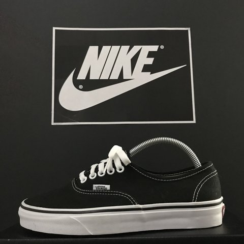 7cf1d0a2bd9e8 Vans Old Skool Size  6 UK Colourway  Black   Brand new with - Depop