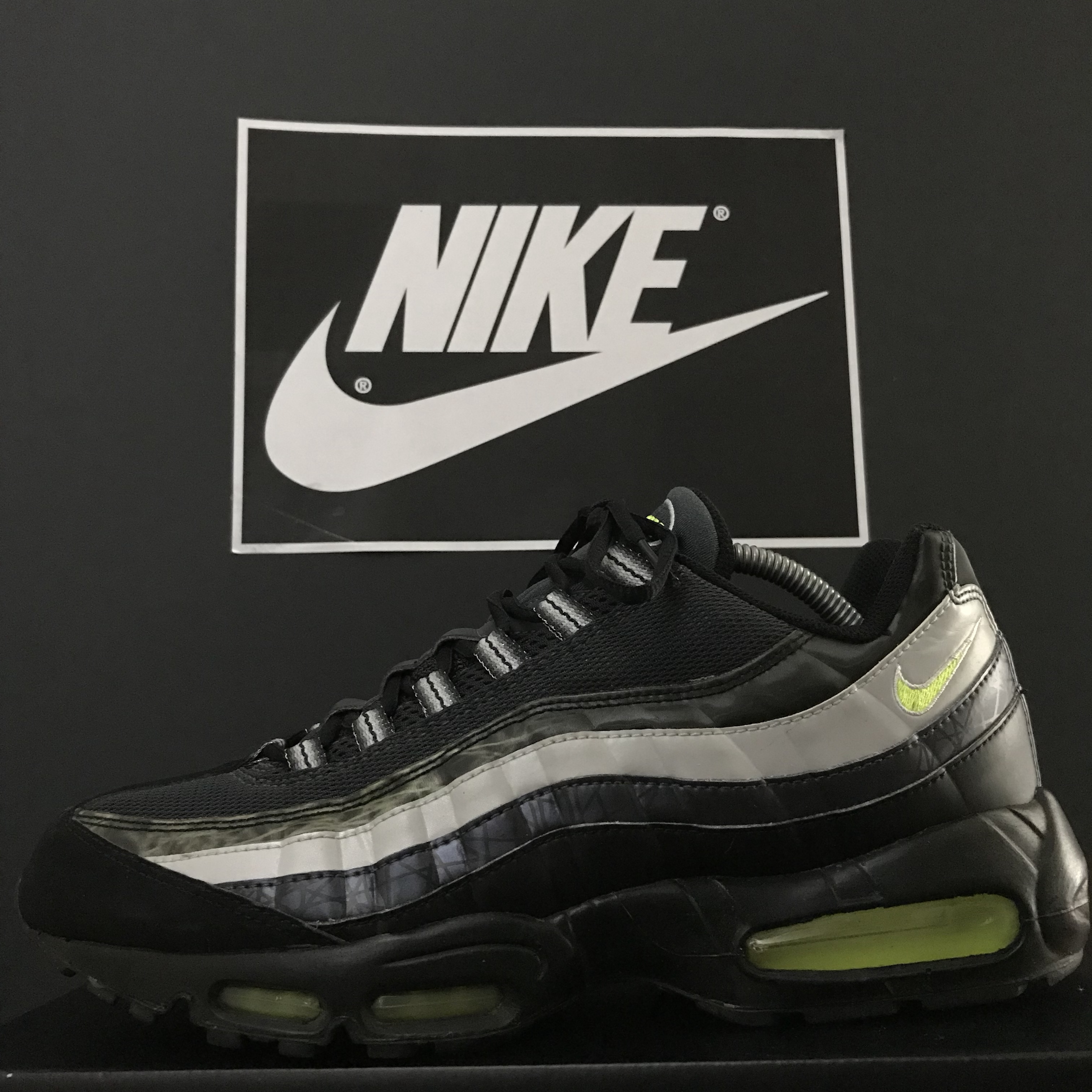 pretty nice 3965c f96ac Mad Rare 2008 Nike Air Max 95 JD Exclusive Size: 10... - Depop