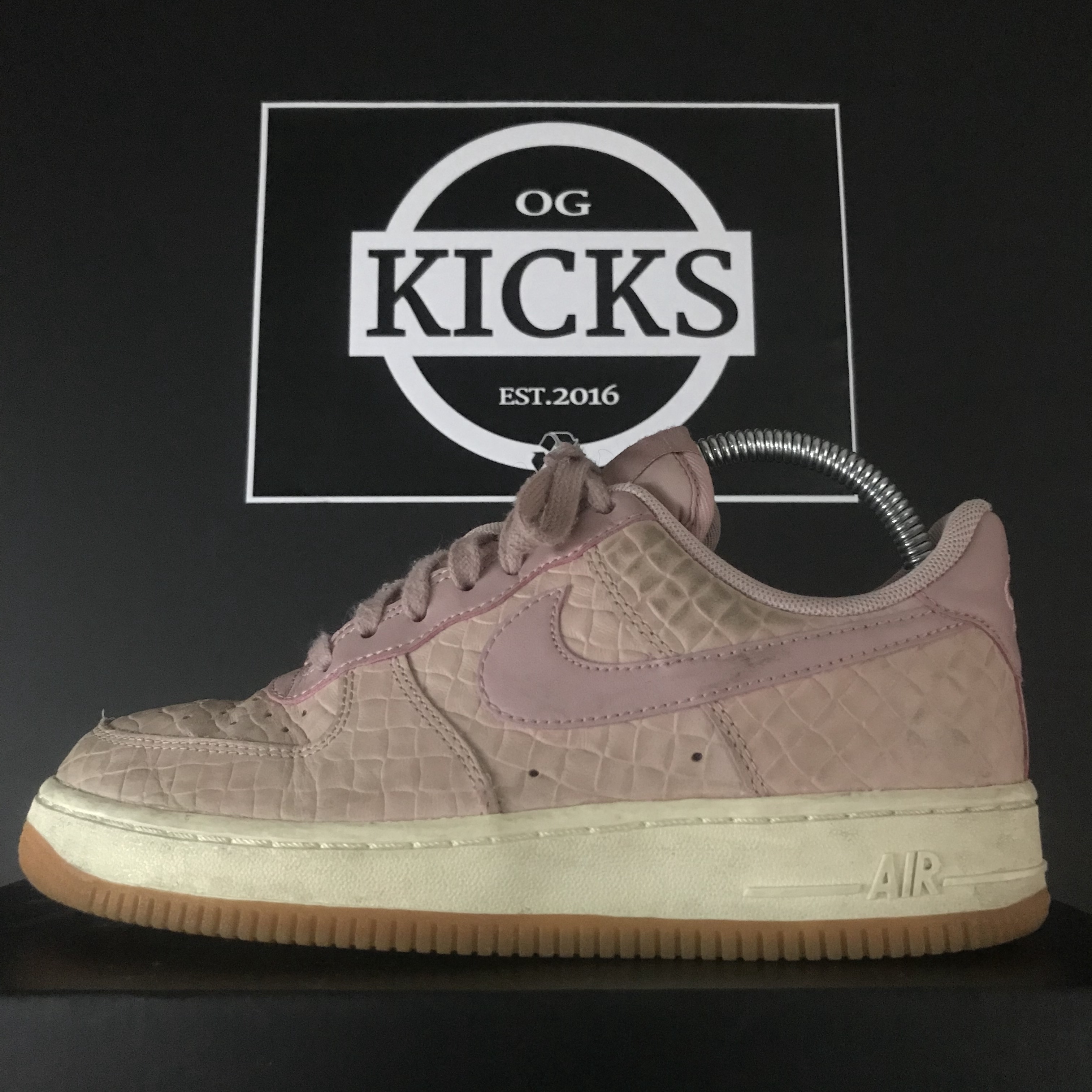 nike air force 1 white size 4
