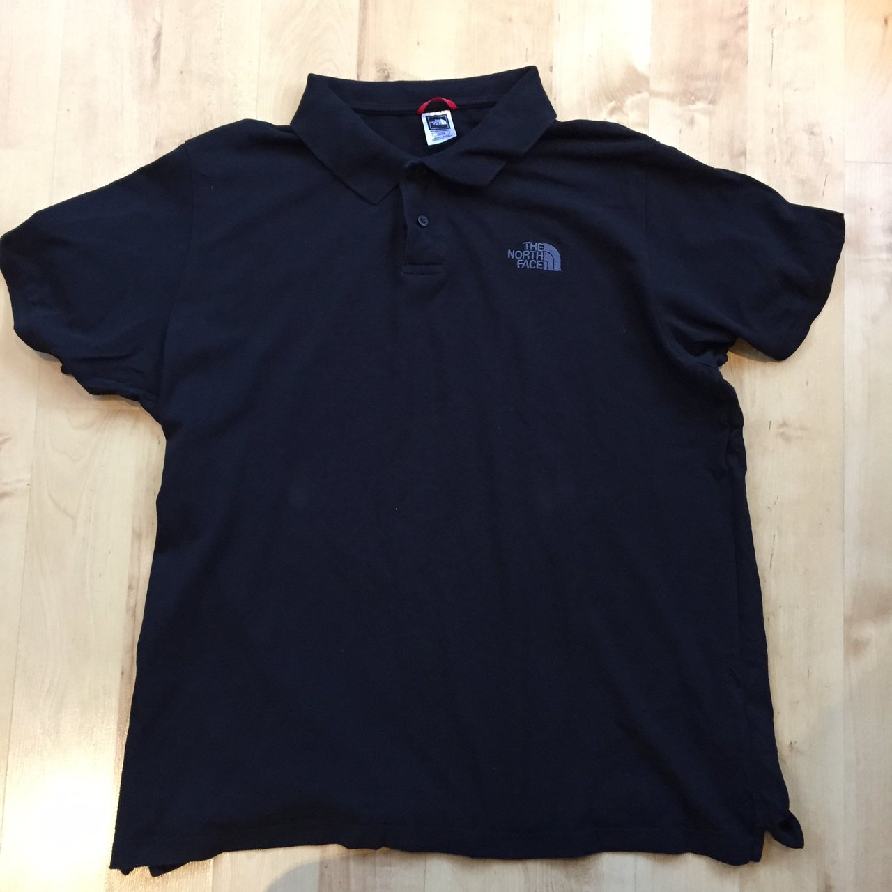 Mens The North Face 2 Button polo shirt in black Size - Depop e5190c6bf