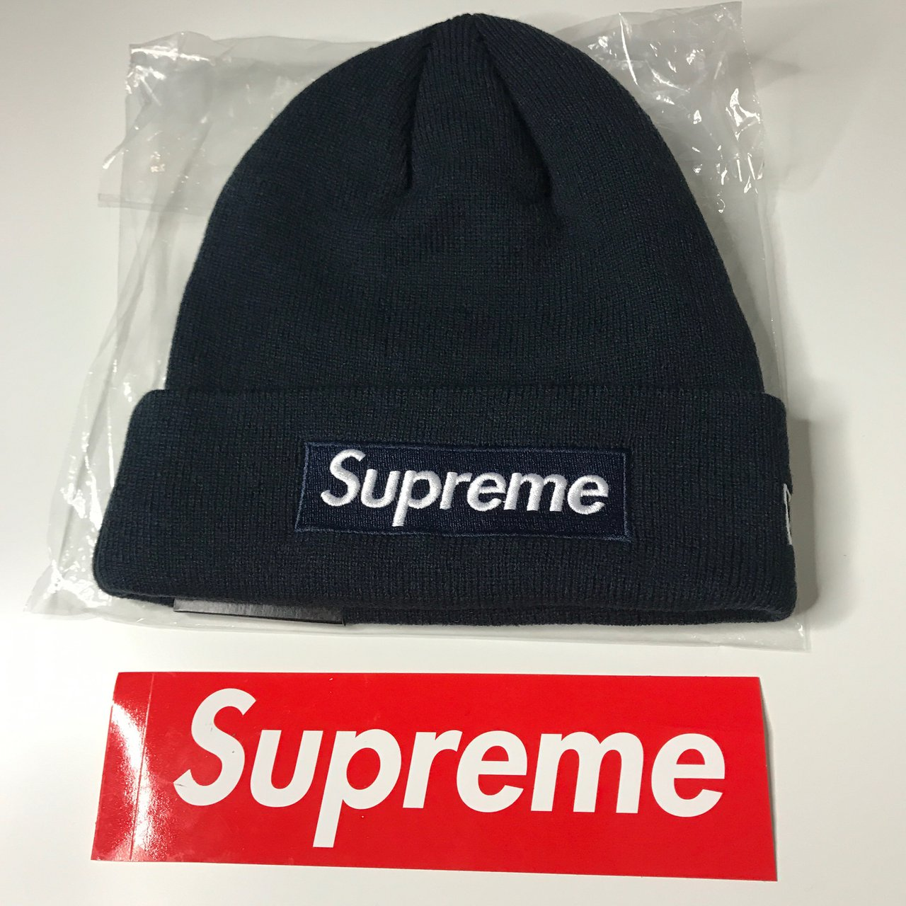 💎Supreme Navy Box Logo Beanie💎 Colorway  Navy FW16 with to - Depop dd670f7bcc4