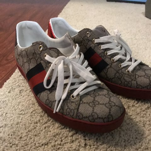e0a41c95665 Gucci Aces Supreme GG Authentic Gucci shoes barely worn with - Depop