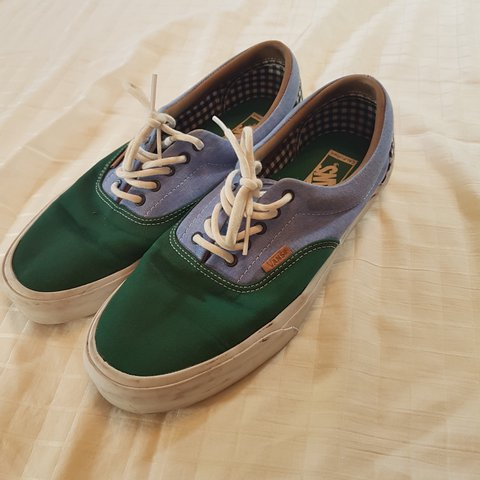 500d542f364 Item  Vans Era (Green Blue) Condition  7 10 (Creasing