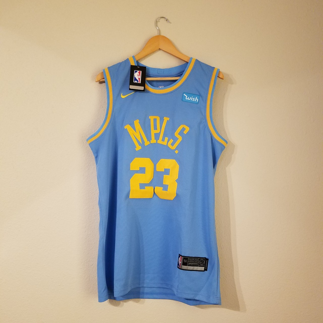 reputable site e9c41 68794 LeBron James MPLS Los Angeles Lakers #23 Throwback ...