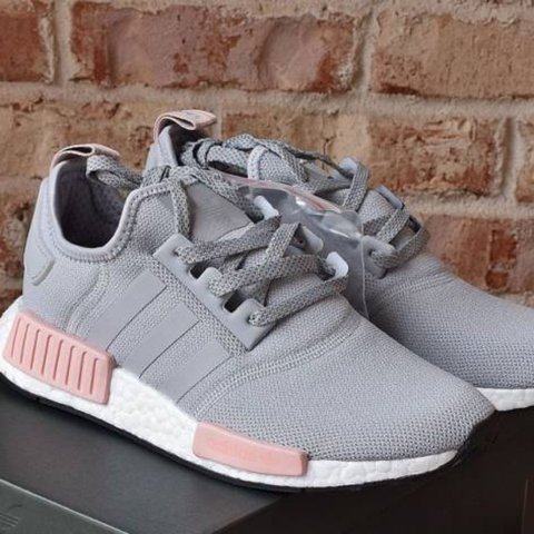 bc275ab604347 🐨  adidas nmd r1 grey pink sneaker new - Depop