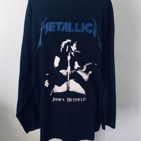d4e0be66 Vintage and unique Metallica Ride the Lightning long XL but - Depop