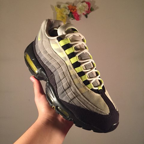f25e11d1f4 ... Vintage Nike air max 95 in great condition just a lil crack - Depop .  ...