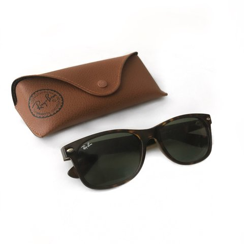 fff144ff1fbb4 Rayban sunglasses with case Style Wayfarer Color    Case
