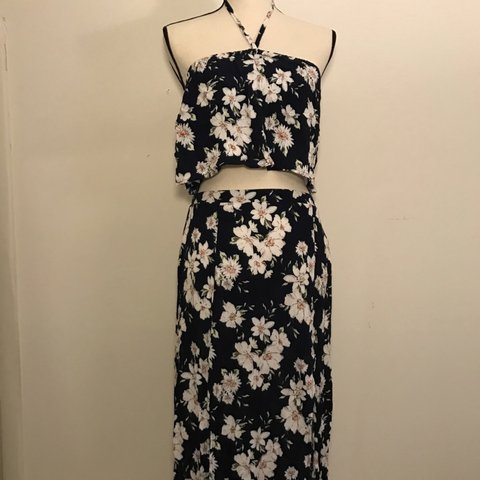 8cf6c289fb two piece dress floral daisy print forever 21 size skirt