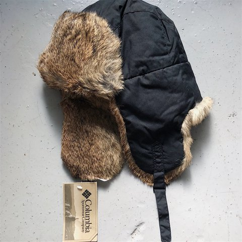 085661832e NWT Columbia fur trapper hat. Black with brown toned rabbit - Depop