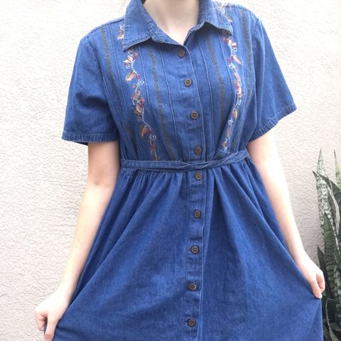 acc1ed5b57e Vintage 90s long button up denim dress! Has adorable leaves - Depop