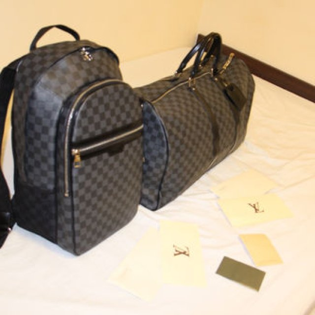 9af62ff1500b Louis Vuitton Damier Graphite Keepall 55   Michael Backpack - Depop