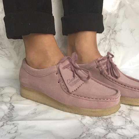PRICE DROP** Clarks Pink Wallabee size