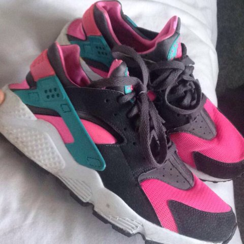 61b7f0b7b6b2 Nike pink and green air huaraches. Size 7.5 but come up I m - Depop