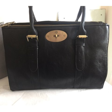 47dc828c98 Mulberry Bayswater double zip. I bought from here and it's a - Depop