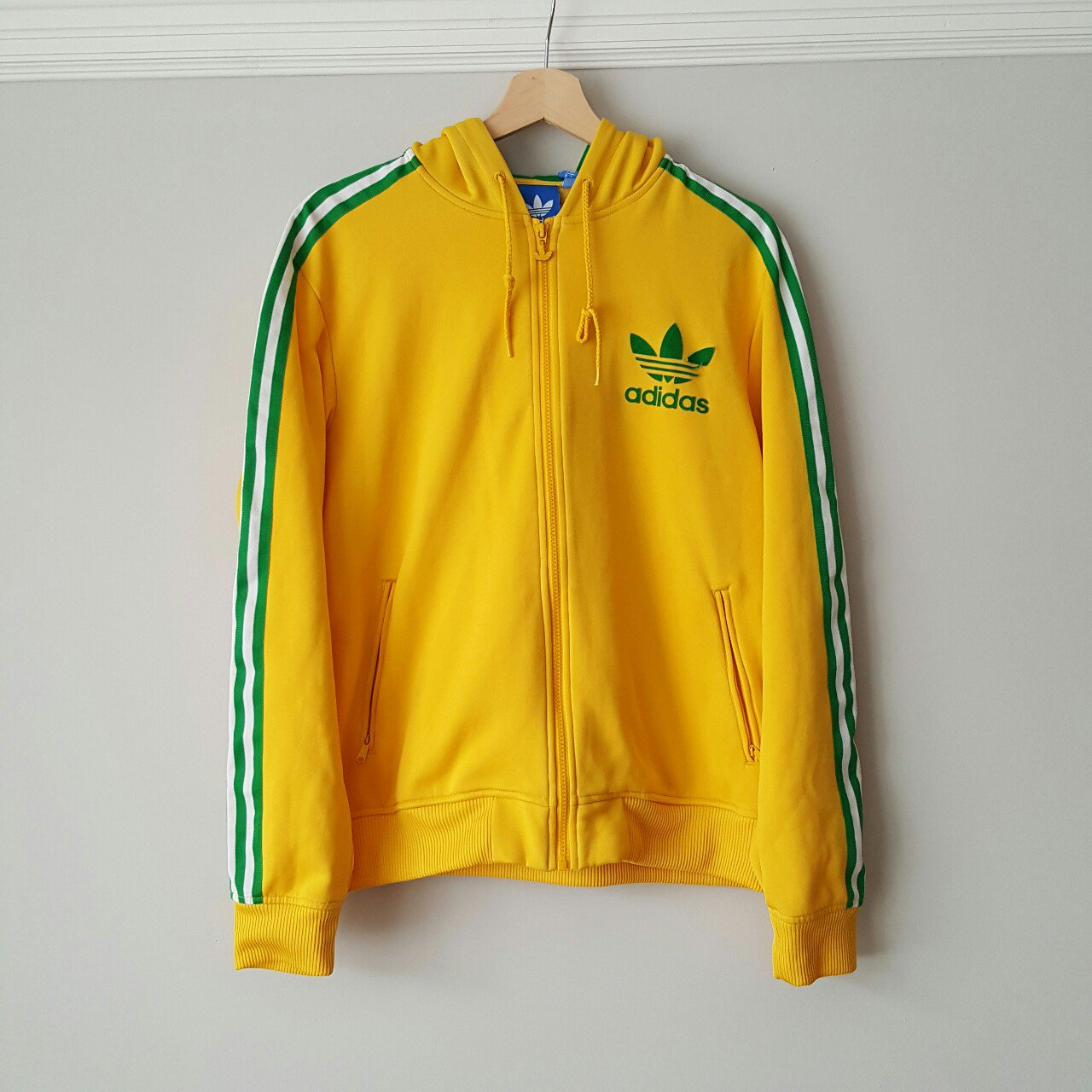 7c7c9e5dd7af Vintage Adidas green   yellow tracksuit top