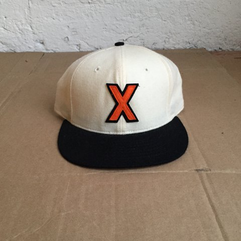 82edd3b89f78e Vintage 1990 s Cuban X Giants Negro League Baseball Fitted a - Depop