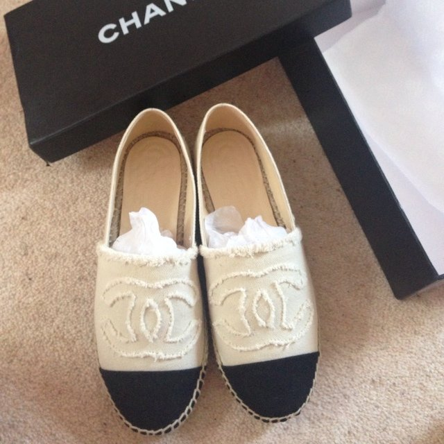 Cream Shoes Size