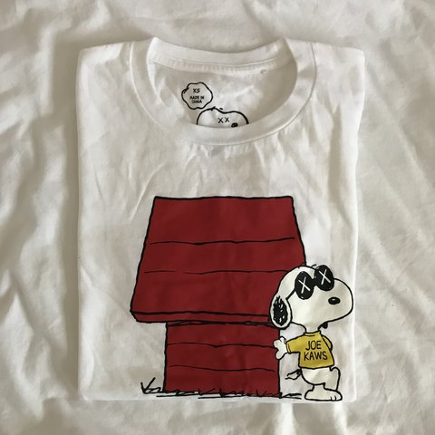 418315637c5  beebon. 4 months ago. United States. Uniqlo kaws x peanuts t-shirt -  printed front   plain white back