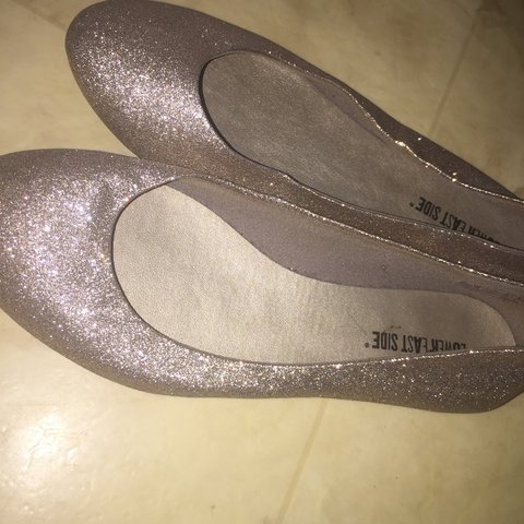 92d9229e0be3 Silver Gold sparkly flats. Never worn. Good condition. - Depop