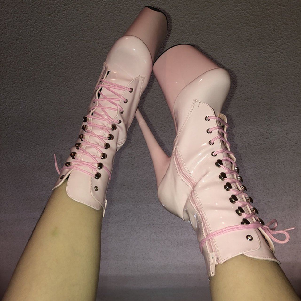 SUPER RARE!! BABY PINK PLEASER BOOTS. 8