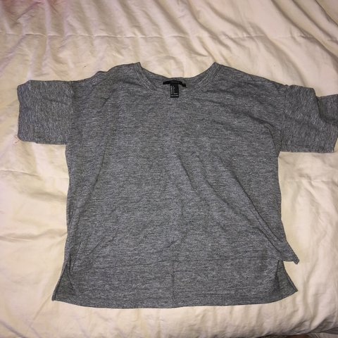 2d58a2f47441b8 Dark grey forever 21 tee shirt crop top. Size says small but - Depop