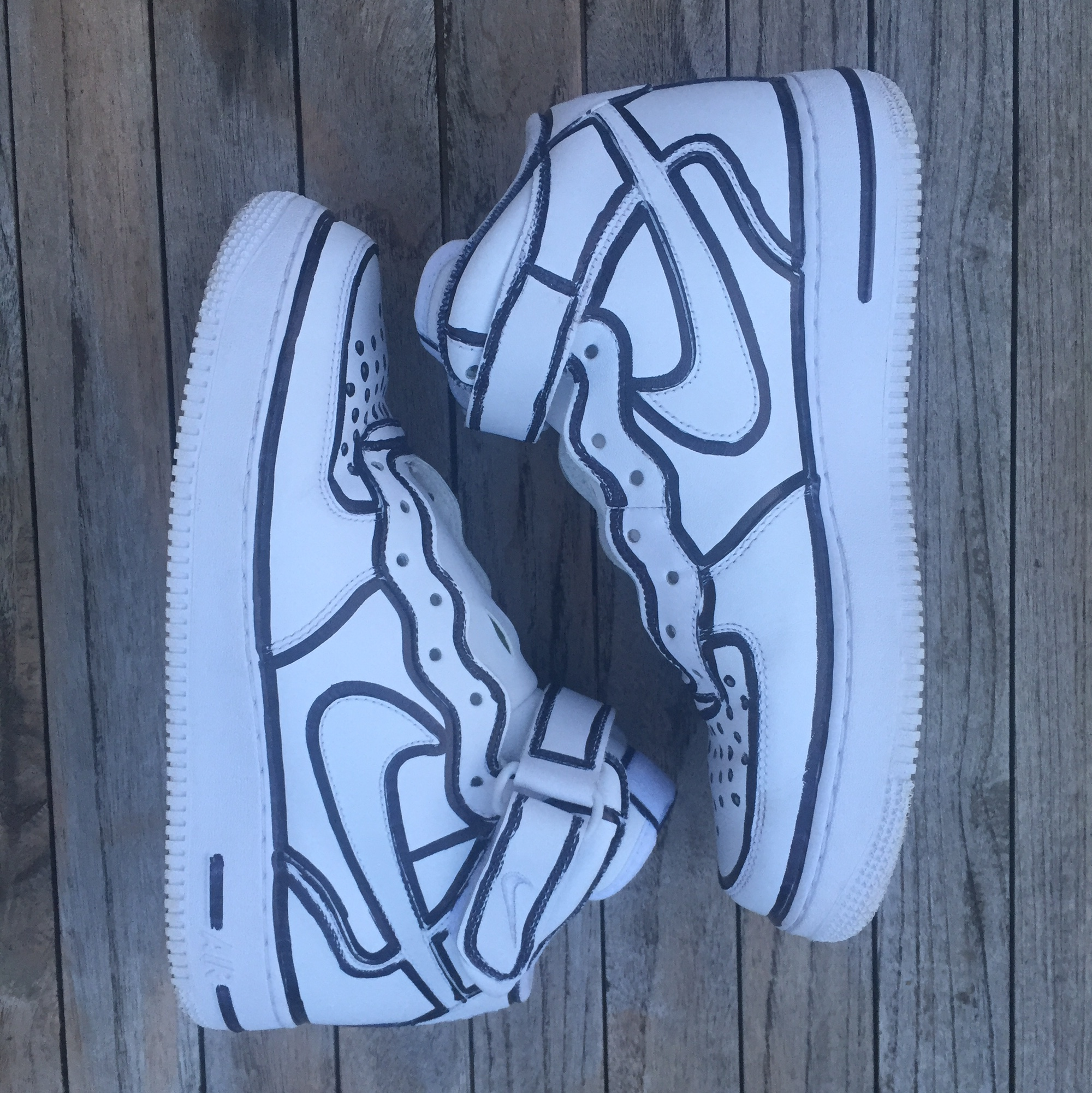 Air Force 1 Mid Custom Cartoon 9 10 Condition Depop