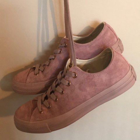 d4b0c4b0ad8f All star low burnished lilac pink suede with rose gold UK as - Depop