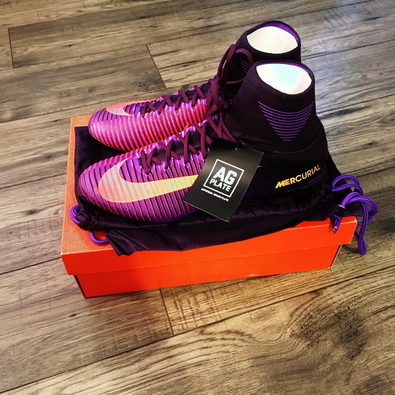 27f39b18a2e5 @yasin90. 11 months ago. London, United Kingdom. No offers! Nike Mercurial  Superfly V AG-PRO ...