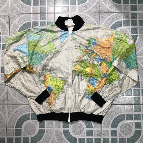 World map jacket wore by kurt cobain size xl theres some depop gumiabroncs Images