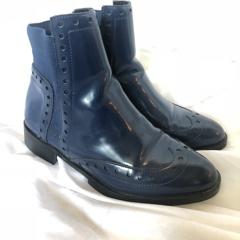 d8e00502ba09 Beautiful navy blue patent genuine leather bootie boots by - - Depop